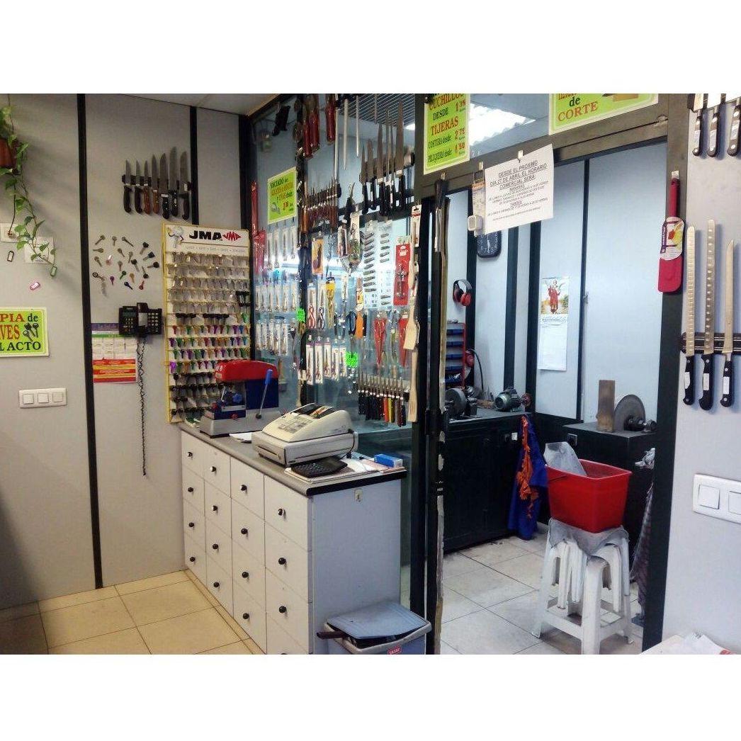 Copias de llaves: Productos y servicios de Cuchillería y Vaciador José López