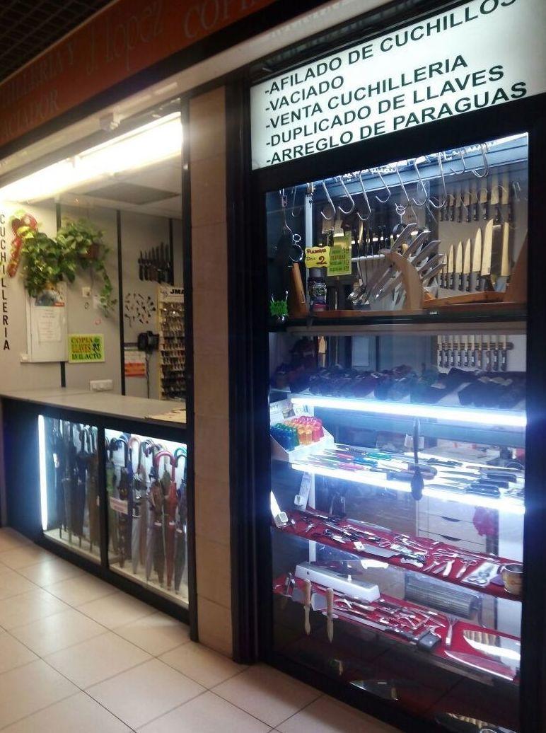 Foto 1 de Cuchillería en Madrid | Cuchillería y Vaciador José López