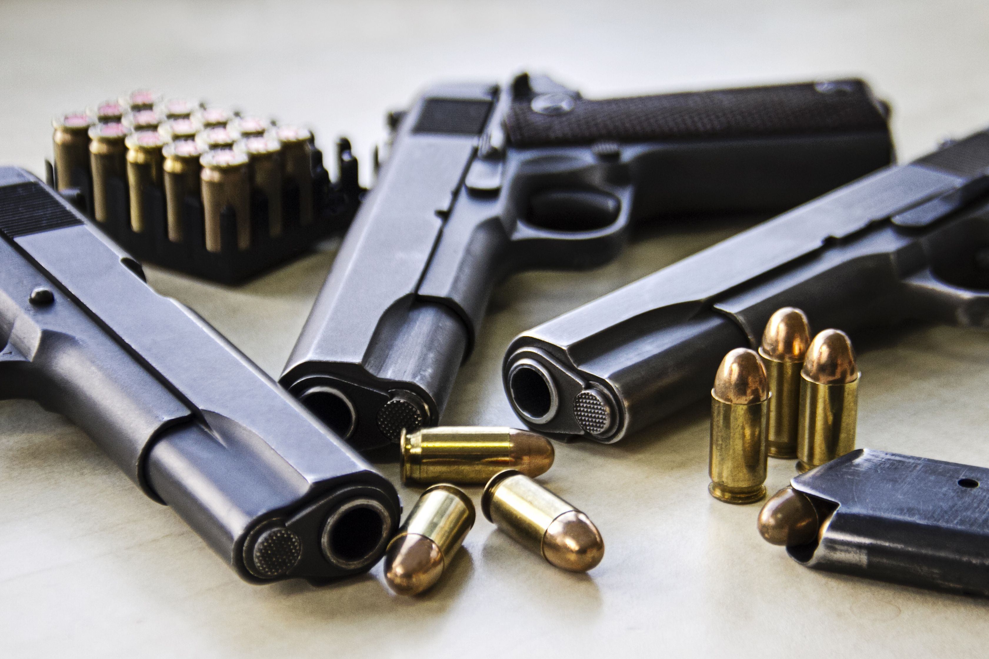 Permiso de armas: Servicios de Centro Médico Pacar