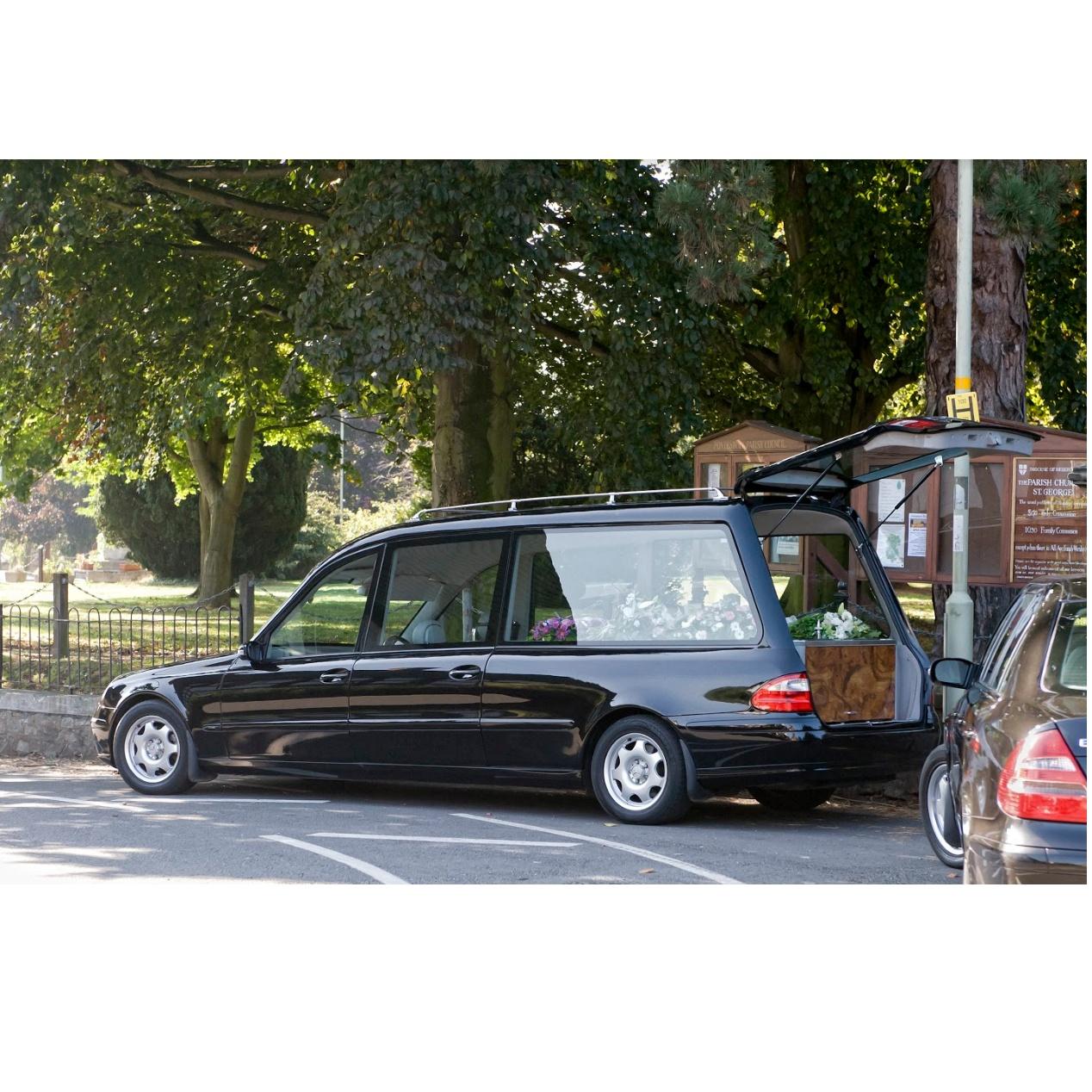 Traslados: Servicios de Funeraria Selva