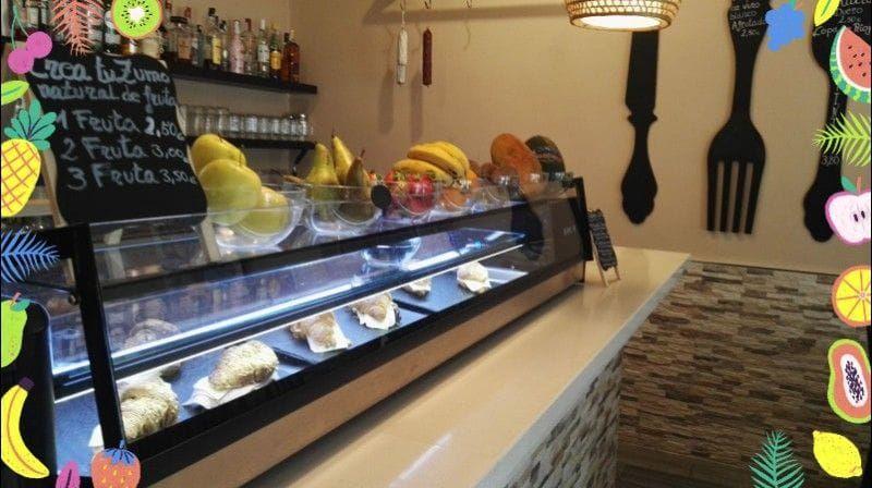 Bar de tapas, zumos y batidos en Arona