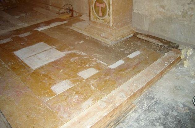 Restauración en catedral de Tarragona, retablo de panaderos