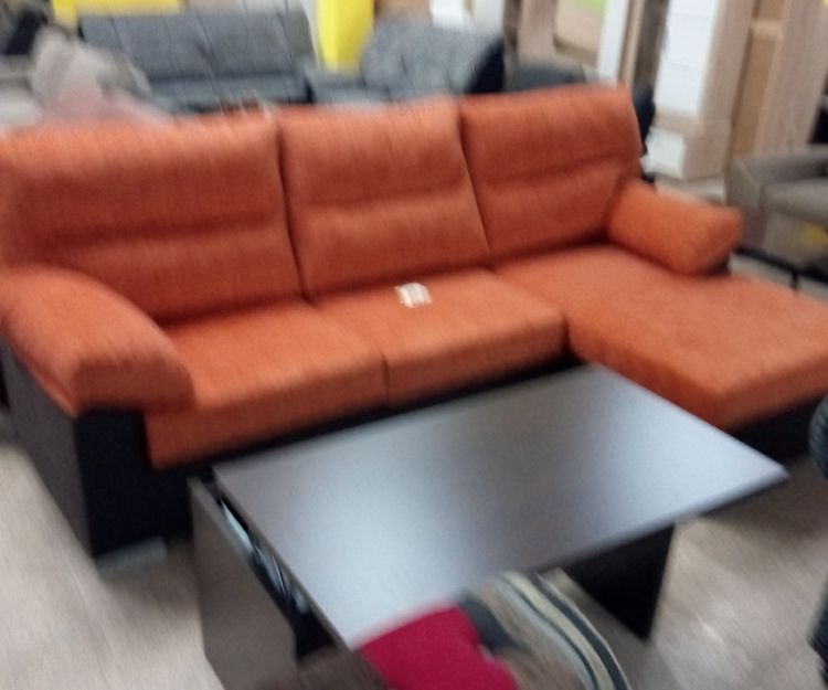 Gran variedad de sofás