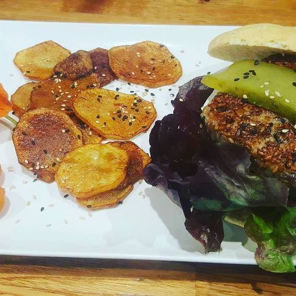 Hamburguesas veganas y sin proteína animal