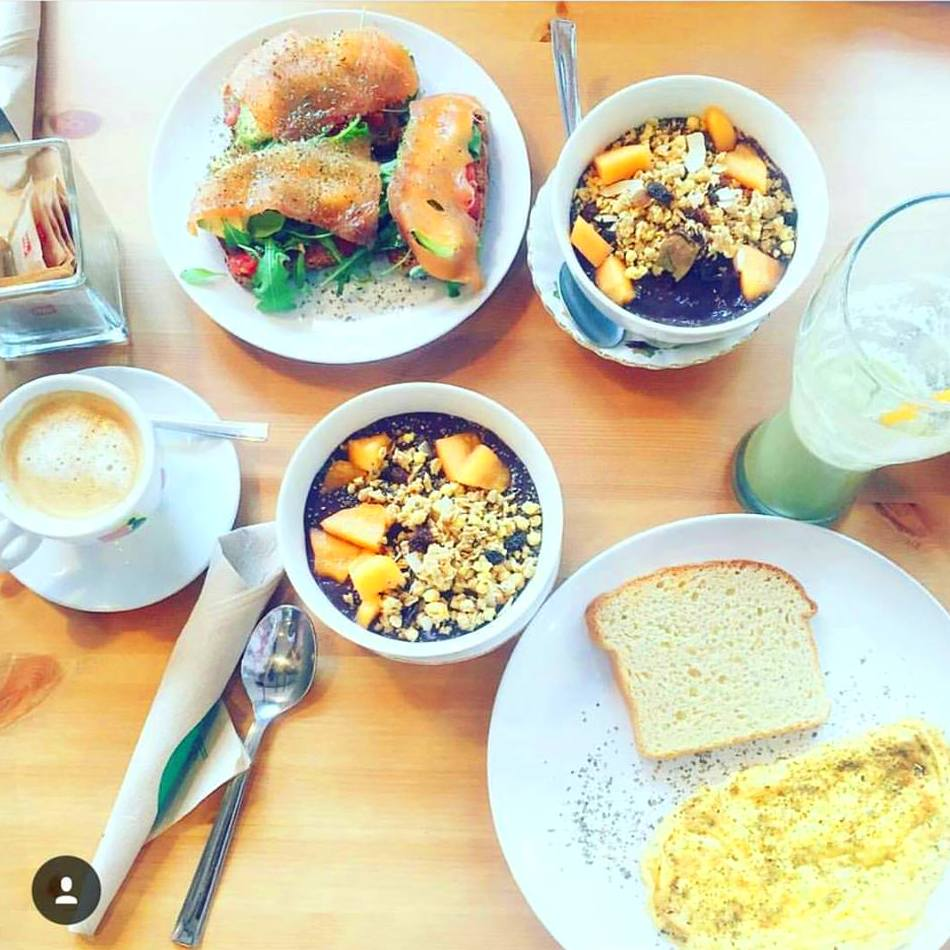 Desayunos y brunch: Carta de productos  de Ibiza Hunza