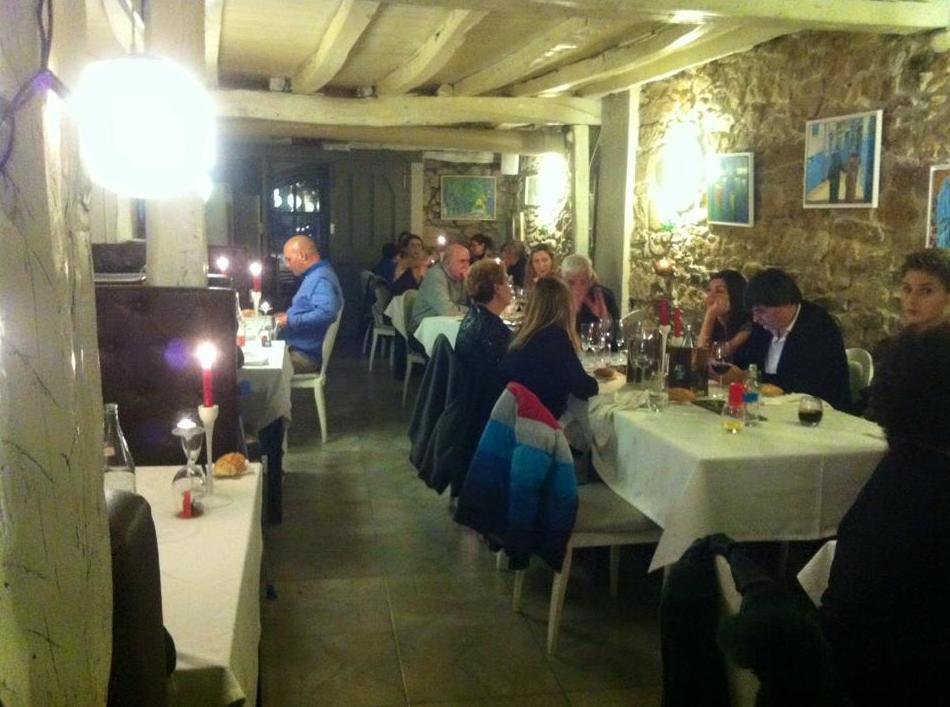 Foto 31 de Restaurantes en San Mamés de Meruelo | Restaurante La Yaya