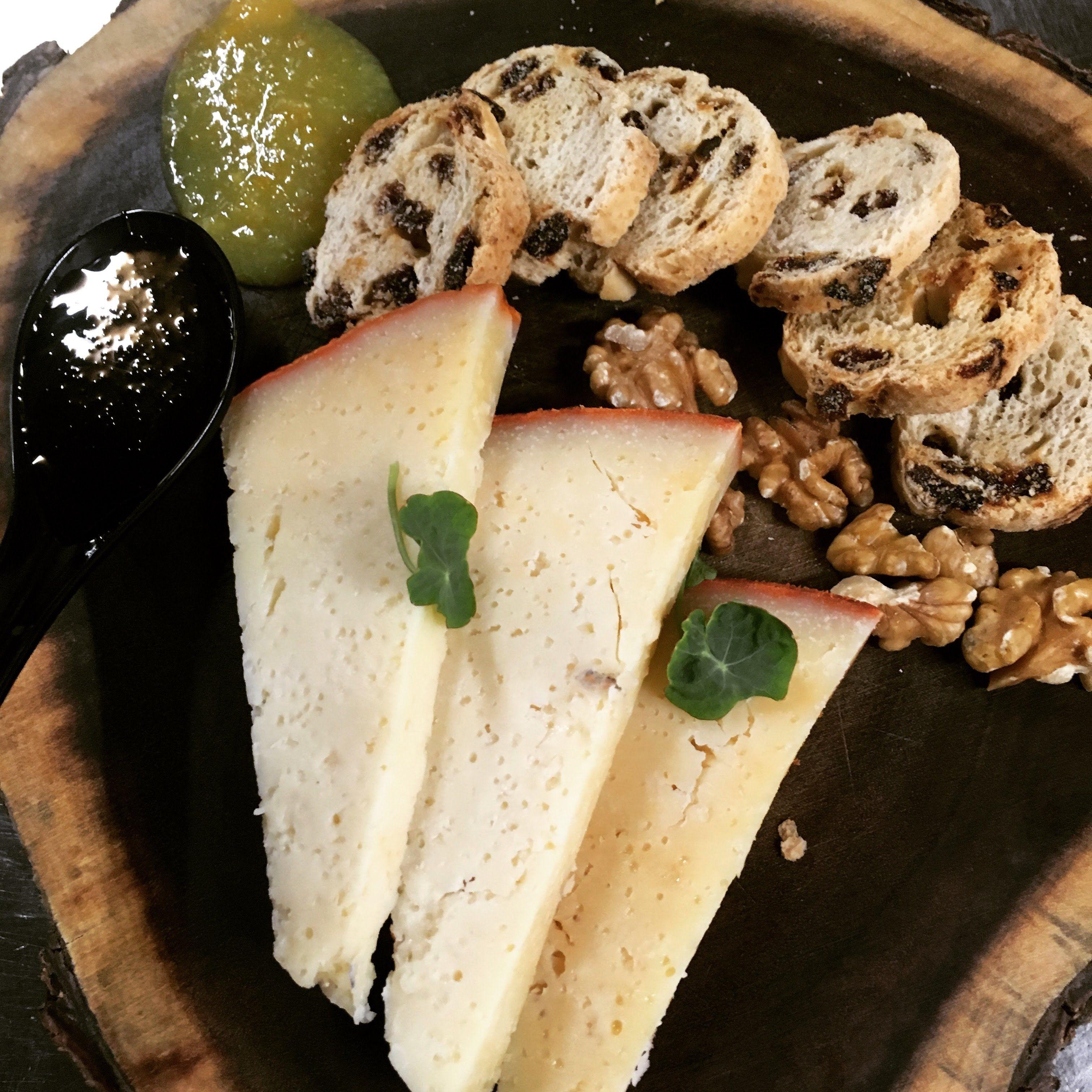 Foto 8 de Restaurantes en San Mamés de Meruelo | Restaurante La Yaya