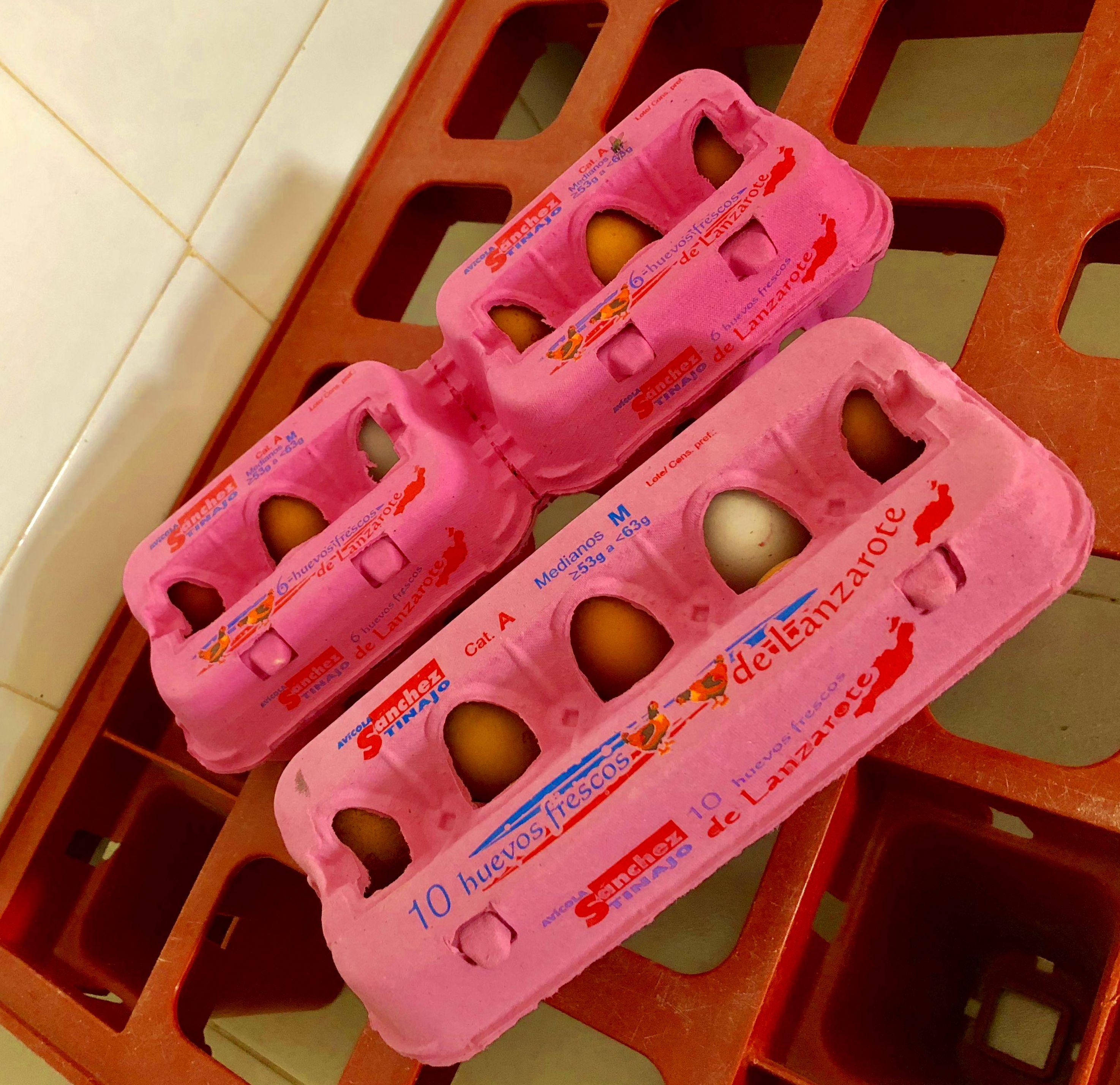 Foto 1 de Granja dedicada a la venta de productos avícolas en Tinajo | Avícola Sánchez