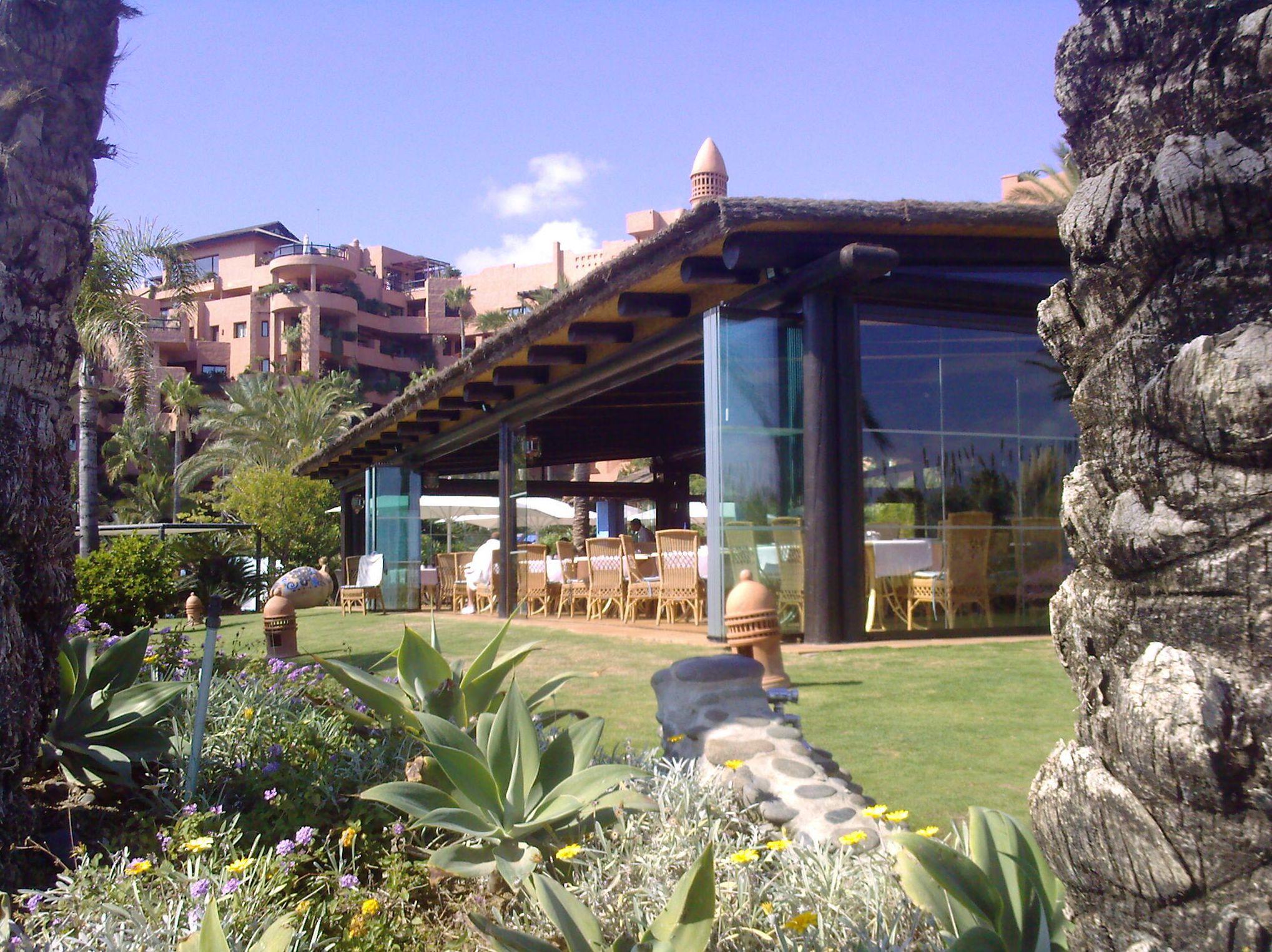 Cortinas de cristal y acristalamiento panorámico en Málaga