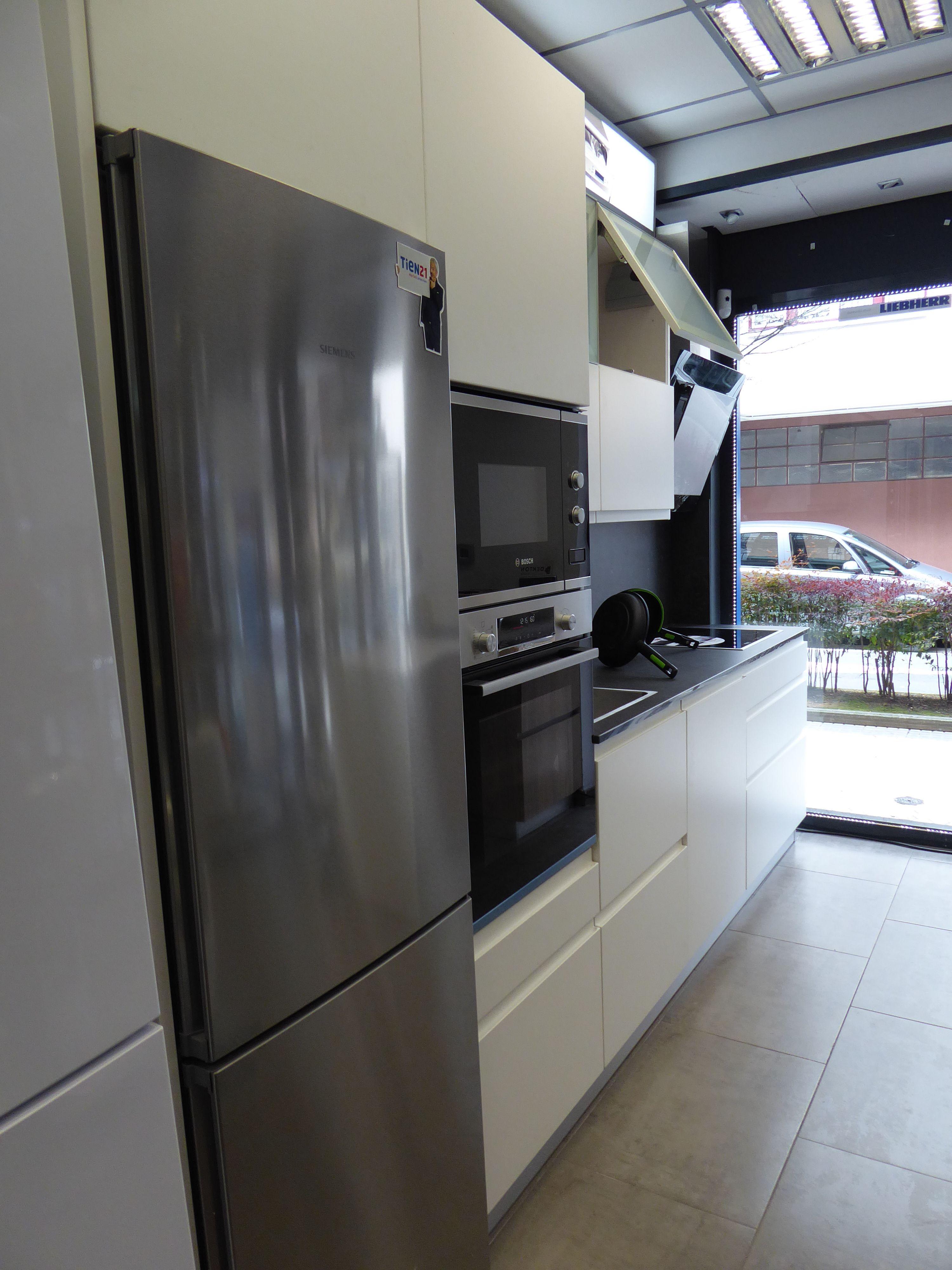 Foto 21 de Electrodomésticos en    Izarra Electrodomésticos en Tien 21