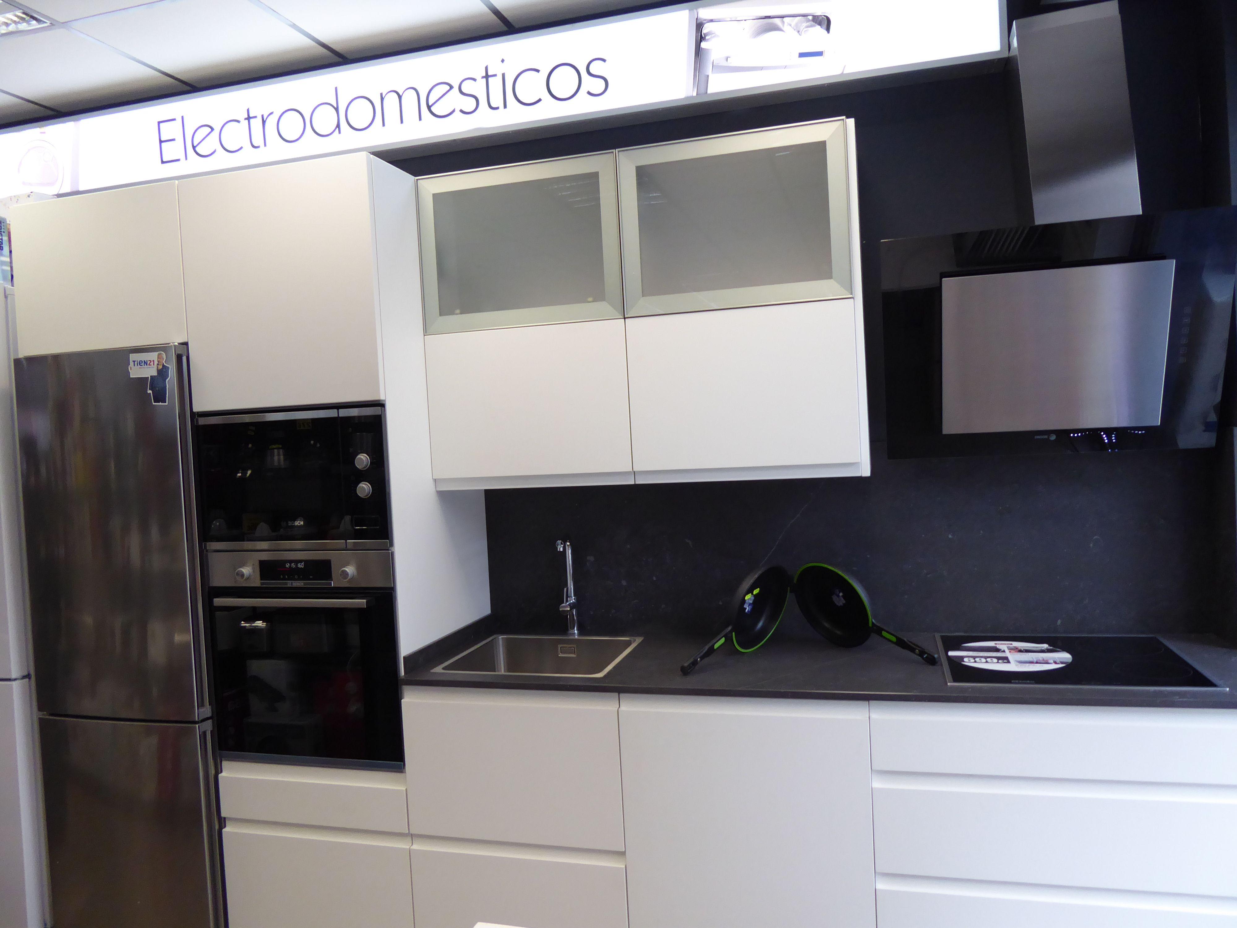 Foto 17 de Electrodomésticos en  | Izarra Electrodomésticos en Tien 21