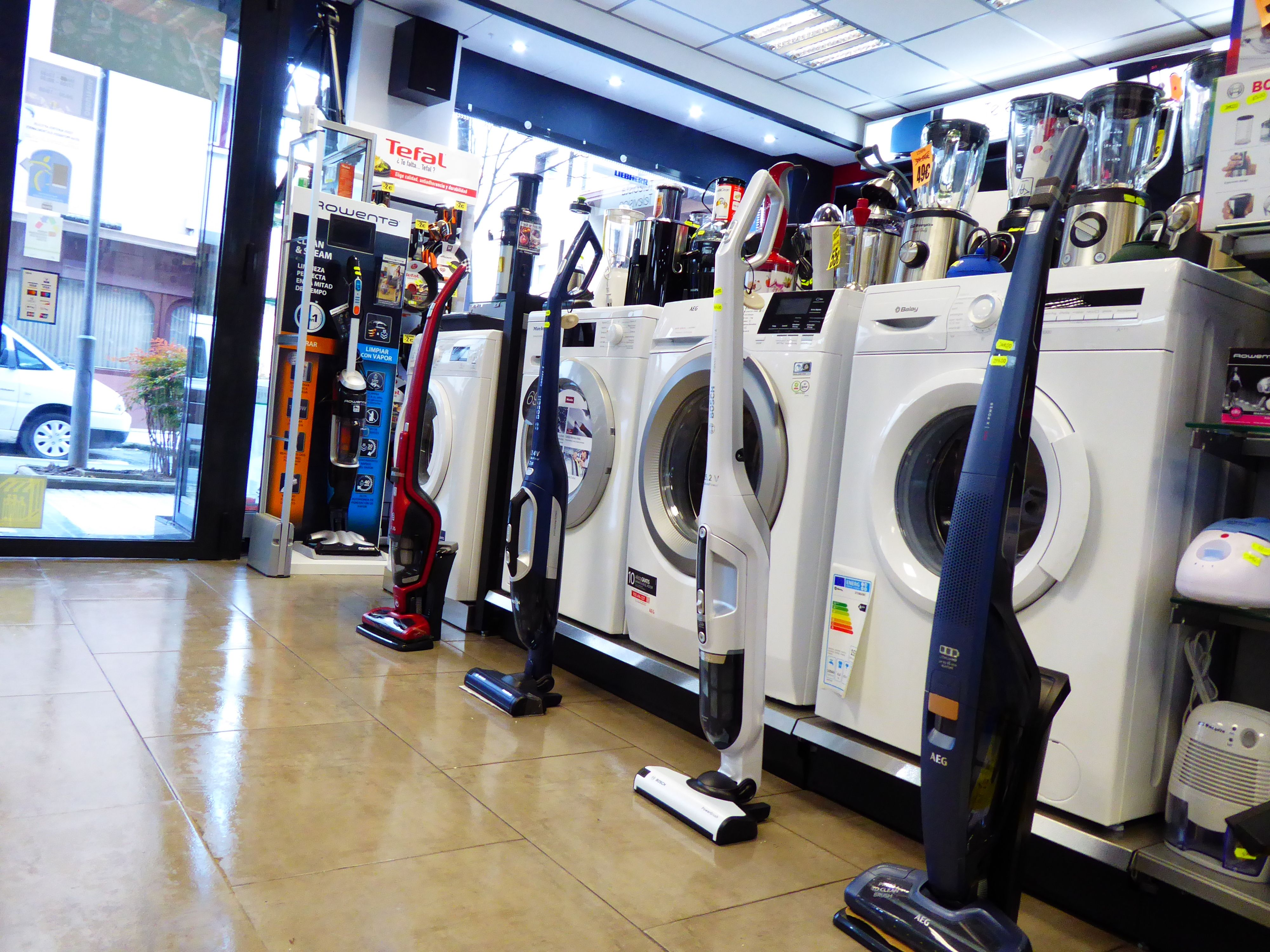 Foto 38 de Electrodomésticos en  | Izarra Electrodomésticos en Tien 21