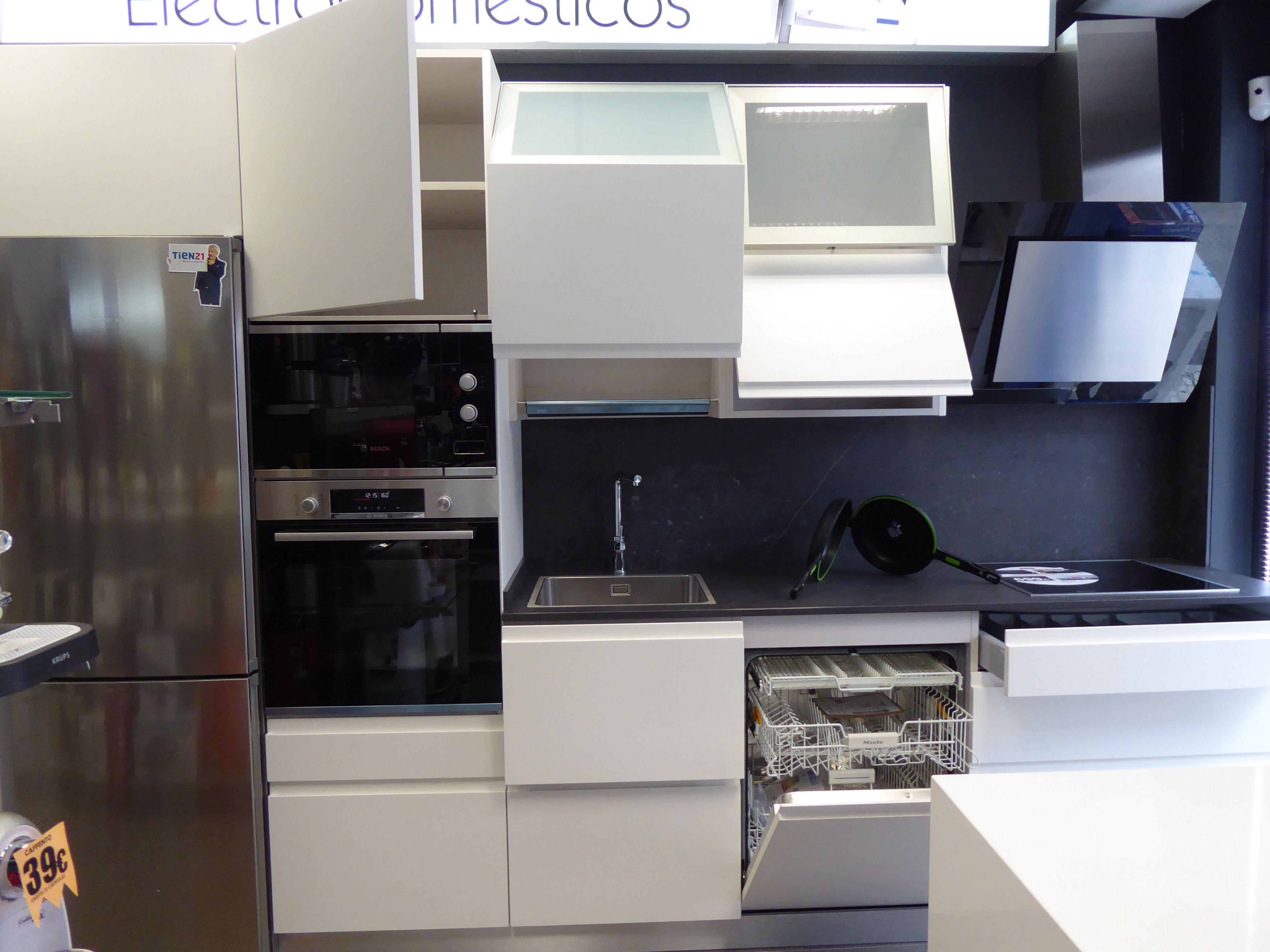 Foto 16 de Electrodomésticos en  | Izarra Electrodomésticos en Tien 21