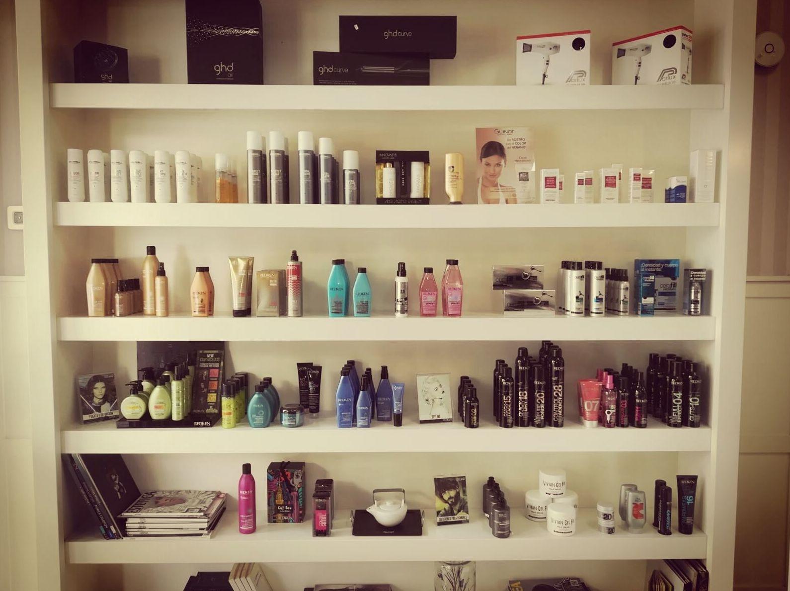 Foto 9 de Salón de belleza, peluquería y estética en Arucas   De´Pinie Peluquería