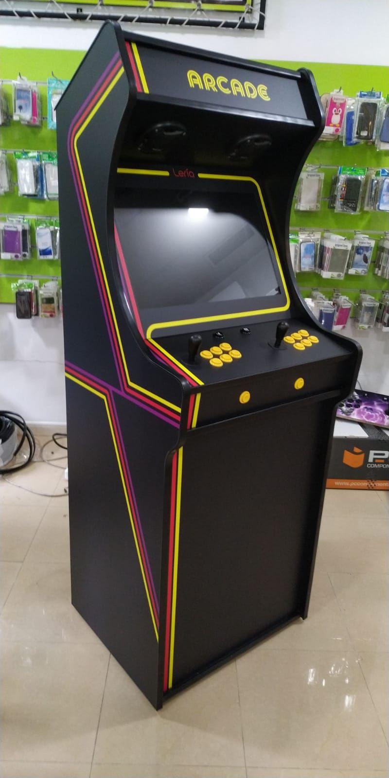 Foto 2 de Fabricación personalizada de máquinas Arcade en Sevilla | Mundo Arcade Sevilla