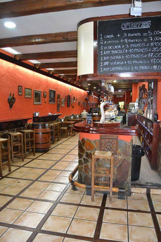 Foto 6 de Bares de tapas en Manresa | La Taverna del Pintxo