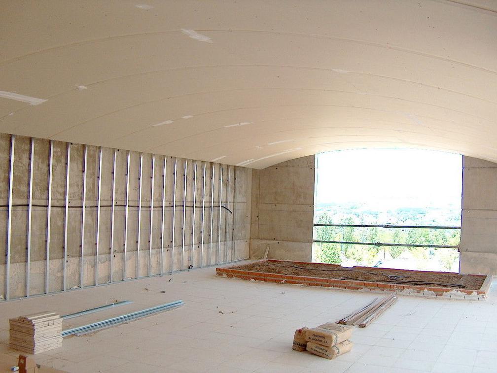 By Plac - Empresa especializada en instalación de falsos techos de pladur