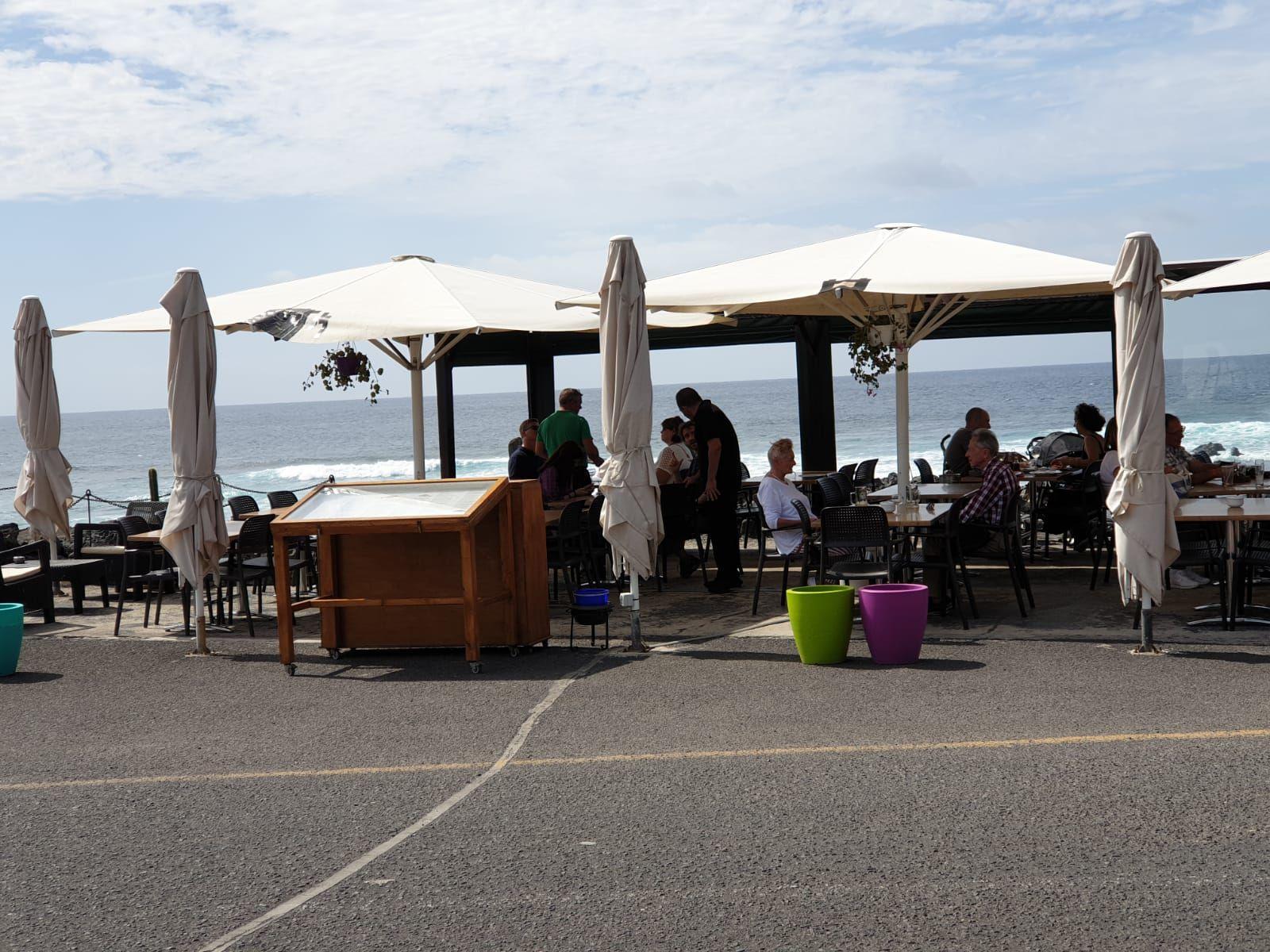 Restaurante recomendado con vistas al mar en El Golfo Yaiza