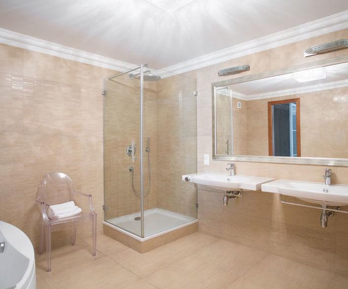 Mampara de baño: Productos y servicios de Multiservicios Salvador
