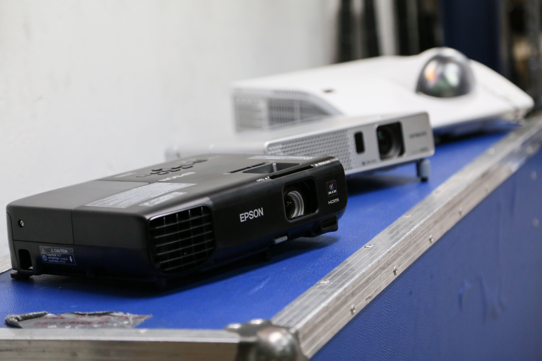 Foto 2 de Audiovisuales (alquiler y venta de equipos) en  | Tecnimedia Audiovisual, S.L.