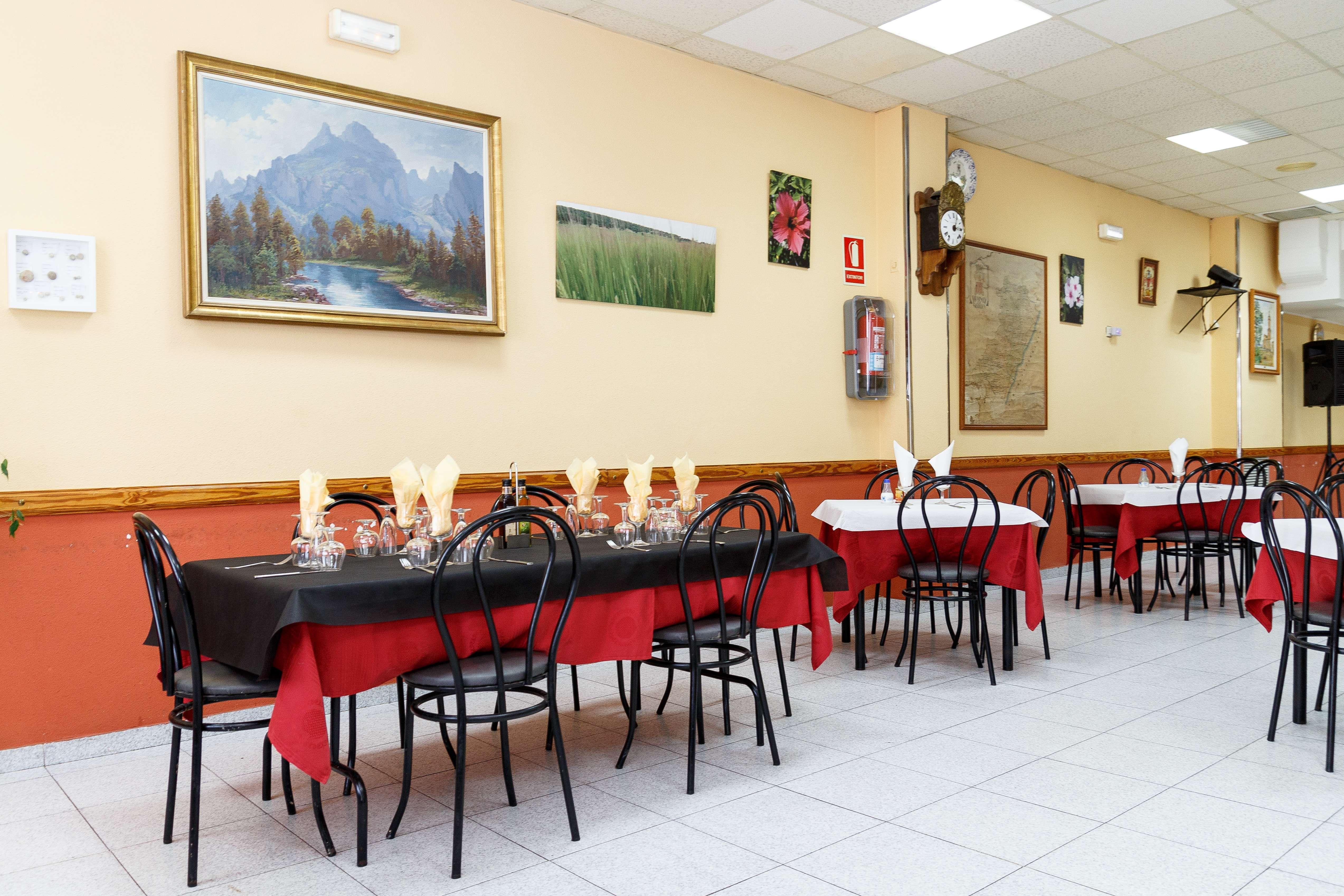 Restaurante con amplios salones en Teruel