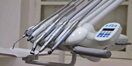 Odontología general: Tratamientos de Clínica Dental Palamadent