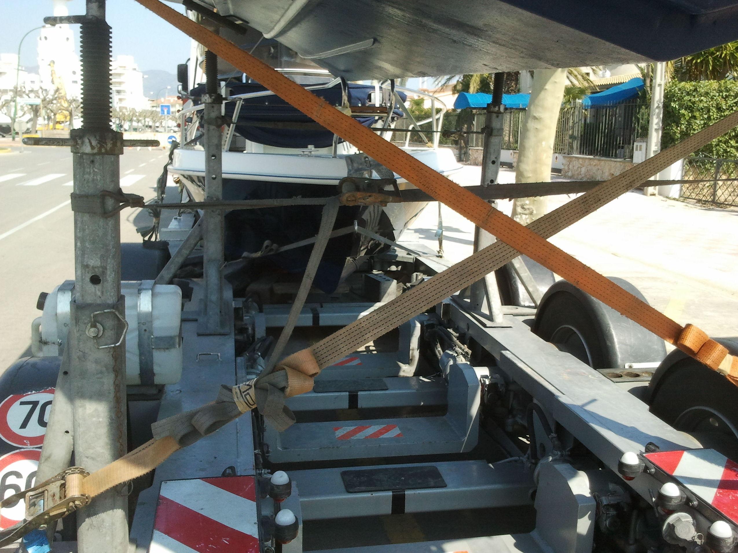Transportes de barcos: Servicios de Transportes Gámez