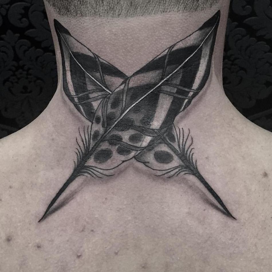 Tatuaje en la nuca