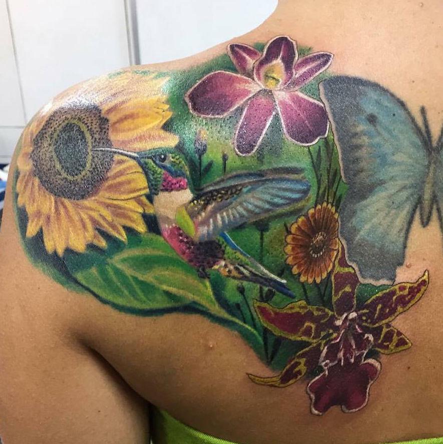 Tatuajes realistas de colores en Ibiza