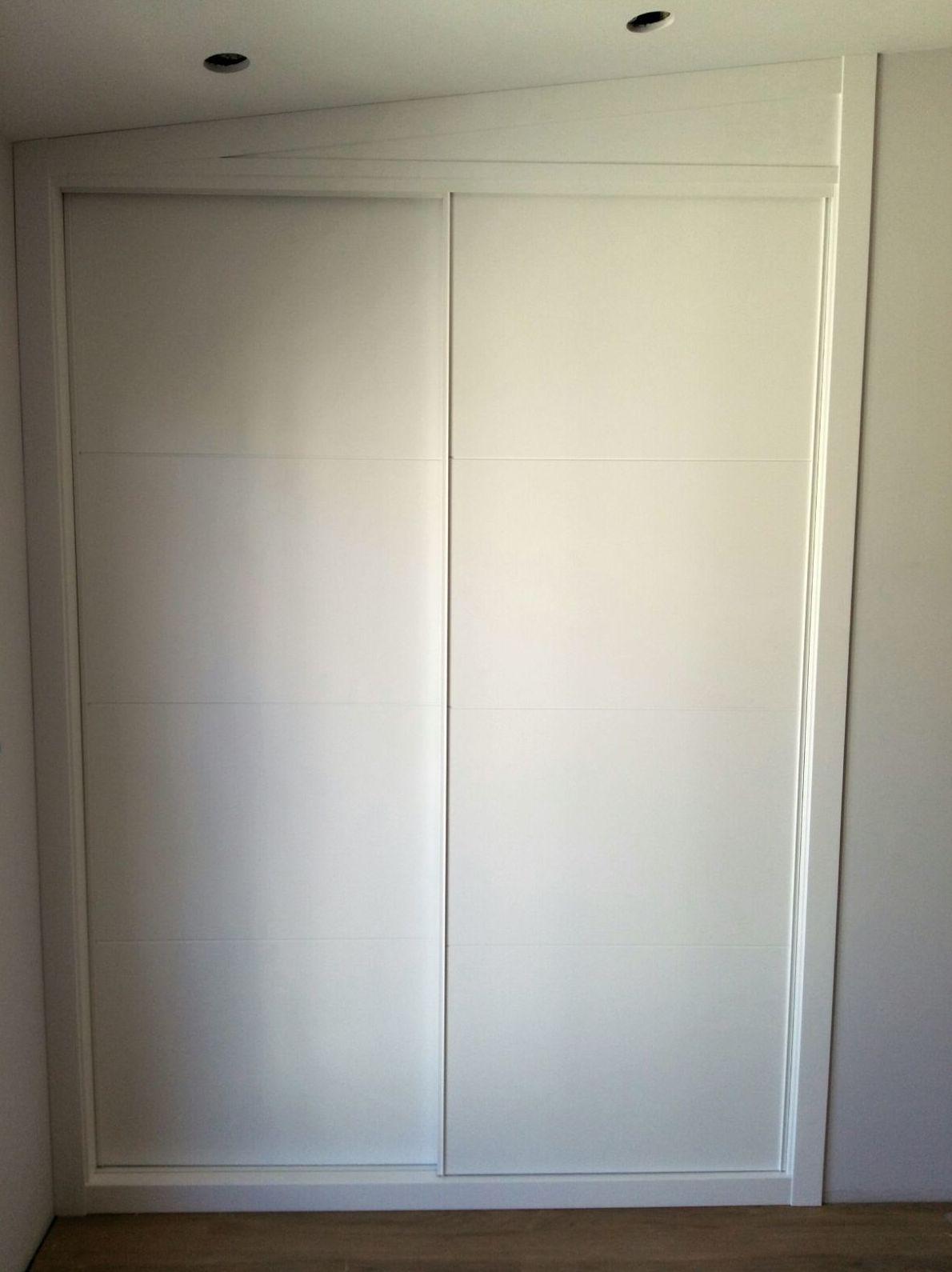Puertas lisas de armario empotrado en Pontevedra