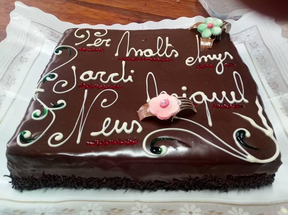 Tarta de chocolate con mensaje