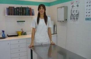 Alba Morales Sanz Auxiliar Técnico Veterinario.