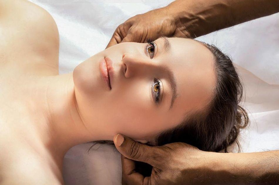 Masaje facial: Servicios de Masaje Deportivo Relax