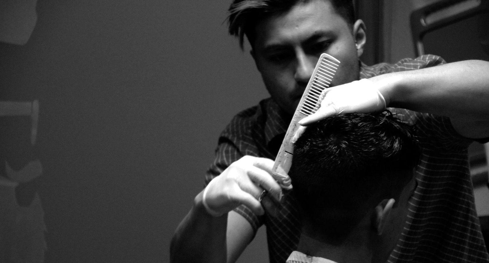 Foto 12 de Peluquería de hombre en Segovia | Scrawler Barber Shop