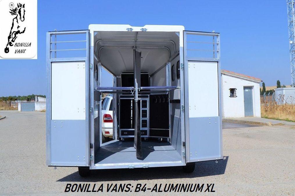 Foto 14 de Remolques para caballos de alta gama en Pedrosillo de Alba | Bonilla Vans