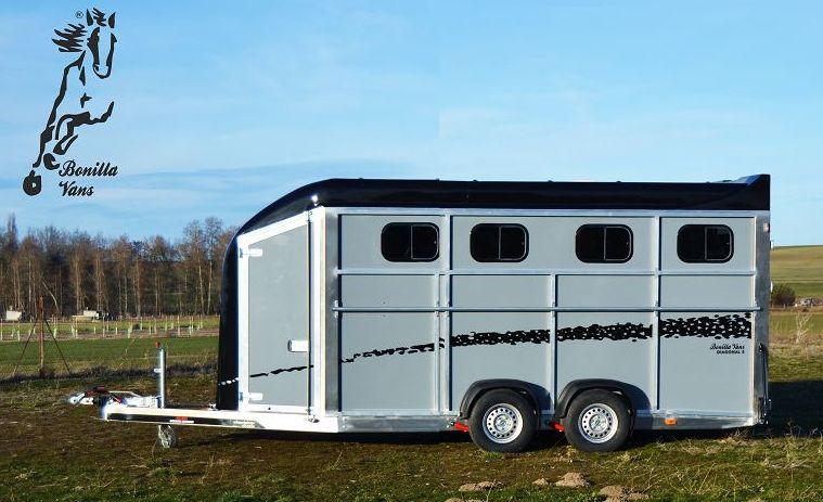 Remolque Van para cuatro  caballos Bonilla Vans
