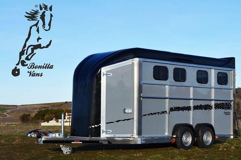 Foto 19 de Remolques para caballos de alta gama en Pedrosillo de Alba | Bonilla Vans