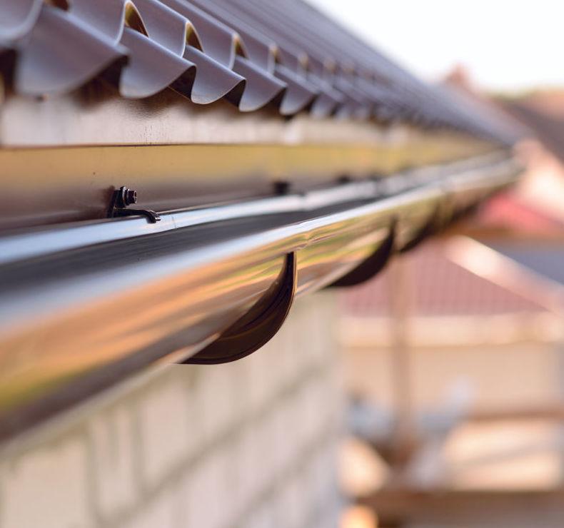 Limpieza de tejados y canalones