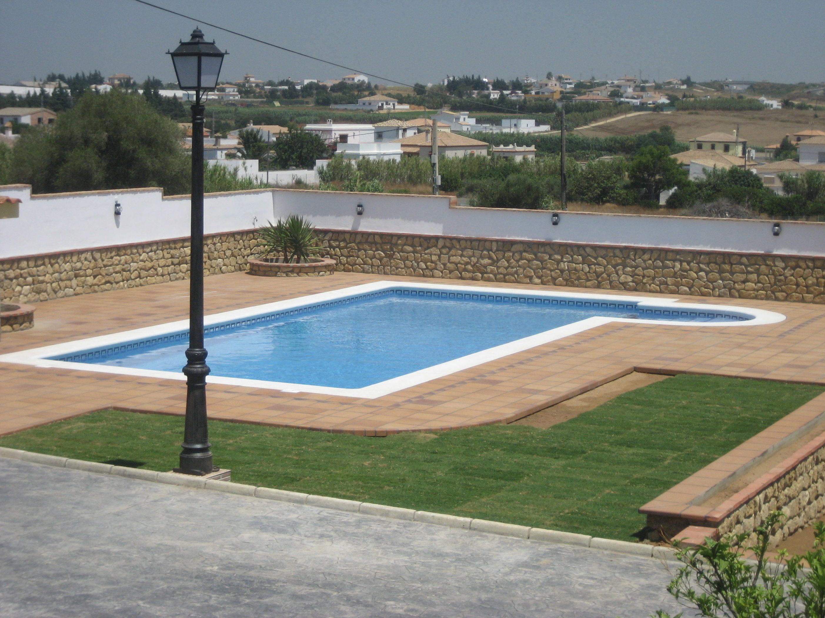 Foto 11 de Tiendas de piscinas en Chiclana de la Frontera | Aguatec Chiclana