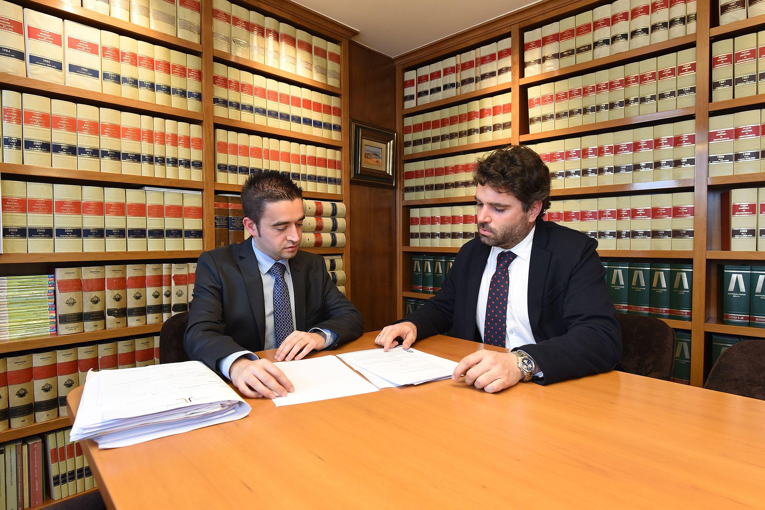 Derecho penal: Servicios de Juan José y Javier Dapena