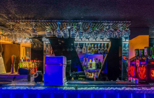 Pub coctelería en Madrid