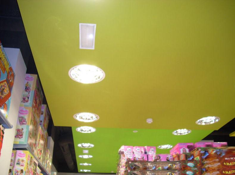 Instalación de luces empotradas en el techo