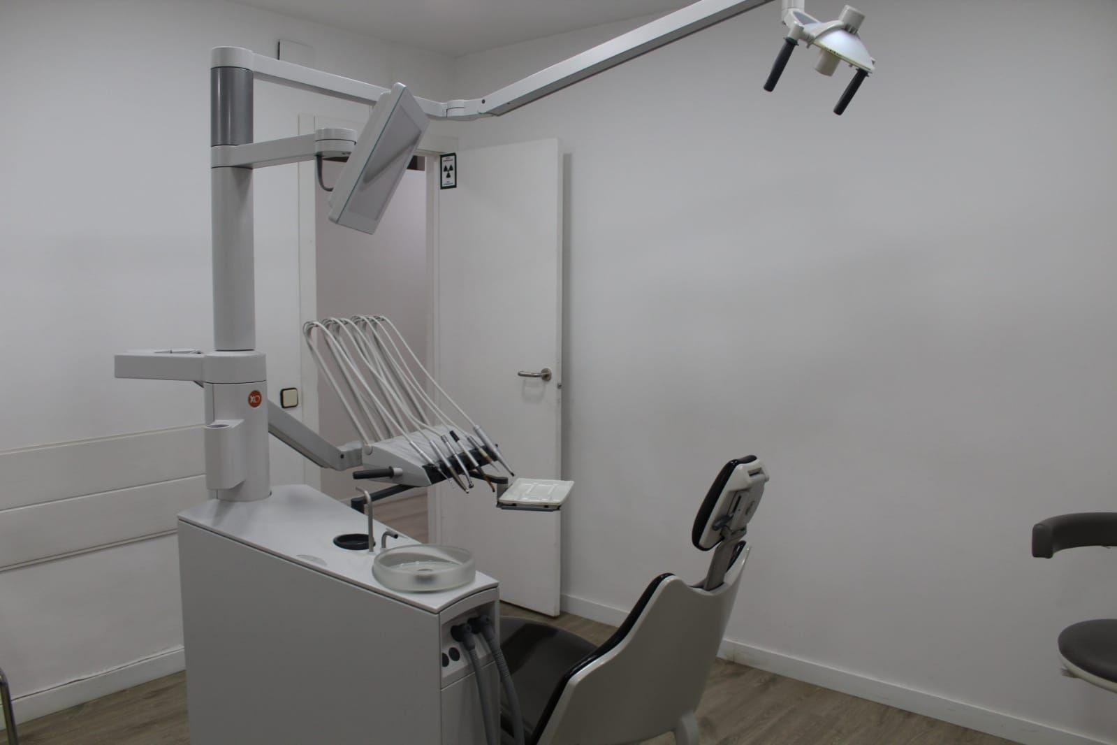 Foto 28 de Especialistas en estética dental en  | Clínica Dental La Mallola