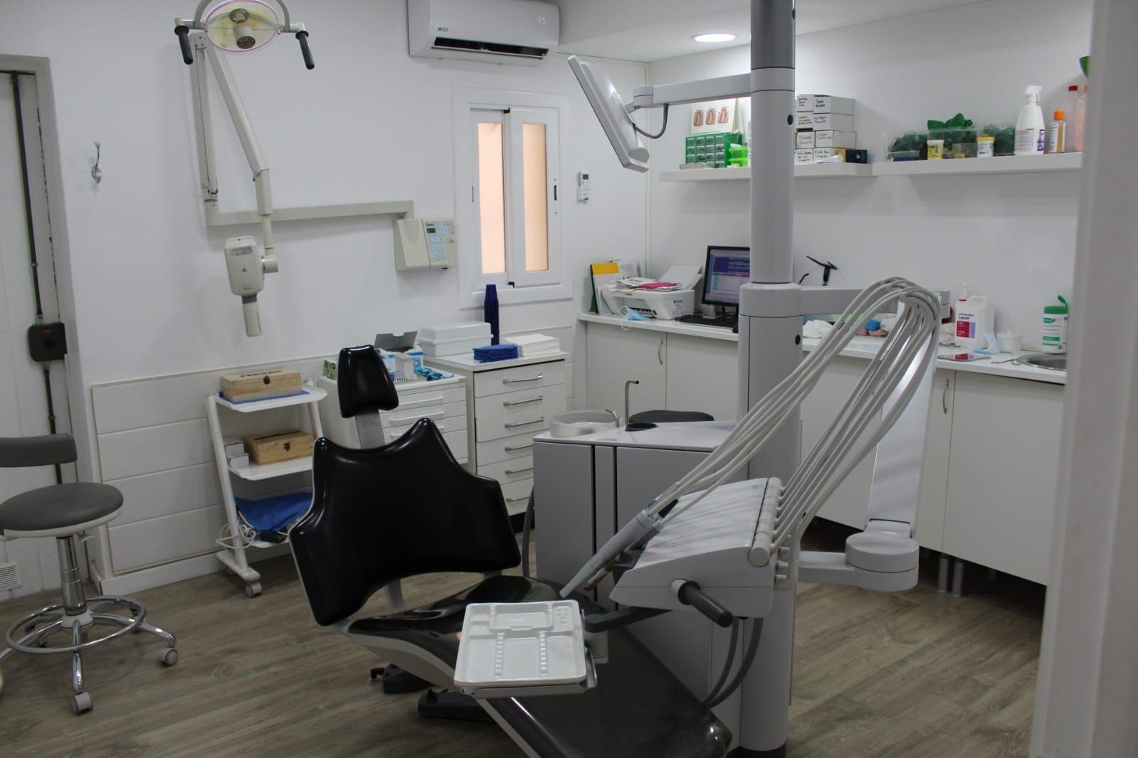 Foto 23 de Especialistas en estética dental en  | Clínica Dental La Mallola