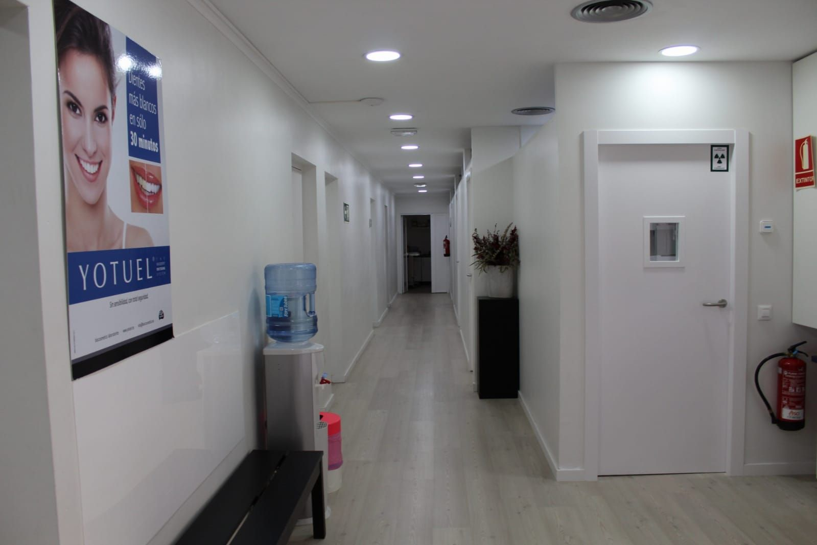 Foto 7 de Especialistas en estética dental en  | Clínica Dental La Mallola
