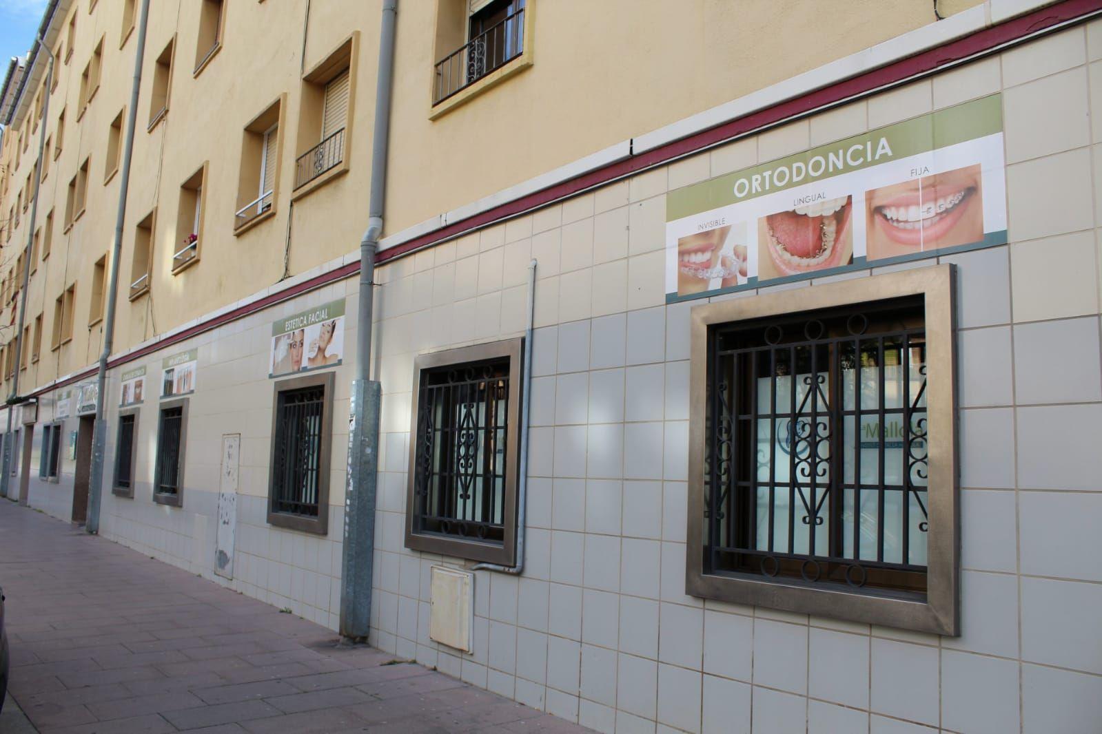 Foto 2 de Especialistas en estética dental en  | Clínica Dental La Mallola
