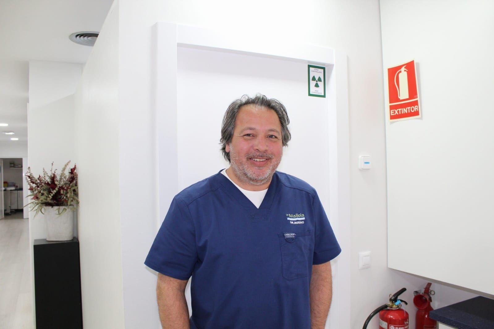 Foto 12 de Especialistas en estética dental en  | Clínica Dental La Mallola