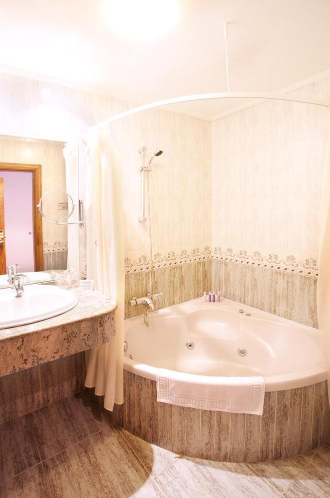 Foto 87 de Hoteles en Etxalar | Venta de Etxalar