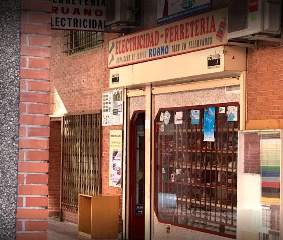 Instalación, reparación y accesorios de tendederos de sol en Madrid