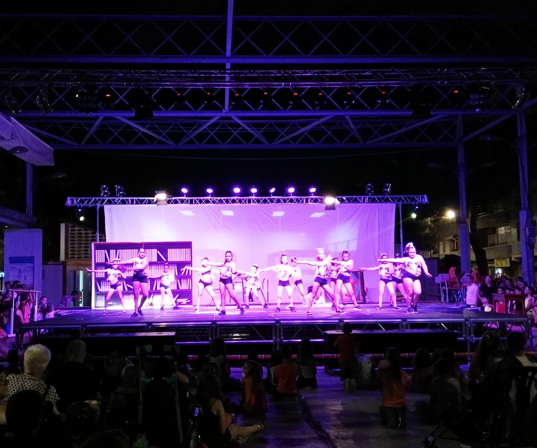 Montaje de escenarios en Valencia